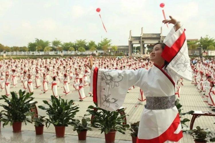 湛江市北大附属实验学校5月5日校园开放日