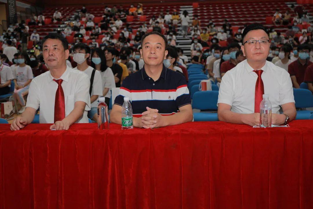 湛江北附:志愿指导助生启航——我校举办高考志愿填报与职业规划指导讲座